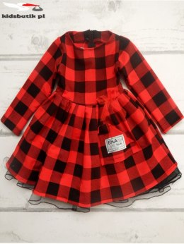 Dress in red and black plaid with tulle